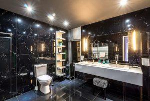 Osvětlení koupelny s nápadem