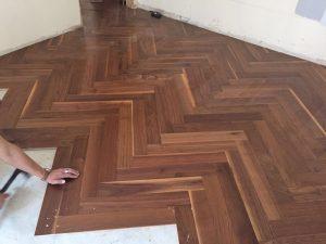 Dřevěné podlahy nás provázejí odnepaměti. A jak se zdá, bude tomu tak i nadále