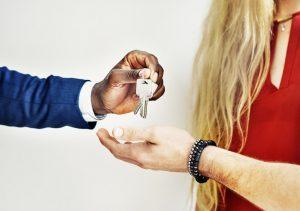 Víte, jaké jsou základní věci, které byste měli vědět před koupí nového domu?